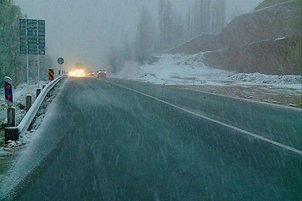 احتمال آبگرفتگی معابر و بارش برف و کولاک در نواحی جنوبی استان