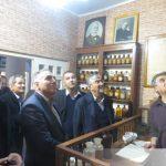 بازدید جمعی از اعضای شورای اسلامی شهر از موزه مشاغل و بازار