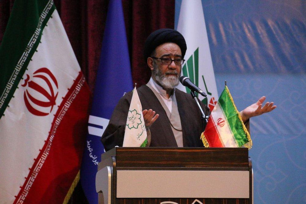 بصیرت، وحدت و ولایتمداری، رمز سربلندی و پیروزی ملت ایران است