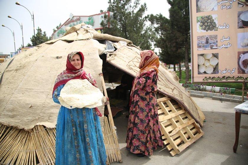 استقبال گسترده مسافران و میهمانان نوروزی از کمپ عشایری شهرداری منطقه ۷ تبریز
