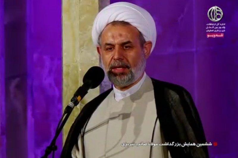 پیشنهاد تاسیس دبیرخانه مشترک صائب در تبریز و اصفهان/ کوتاهی در حق صائب باید جبران شود