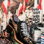 کفش از پای صنعت درآمده است/ گامهای کفش تبریز در راه جهانی شدن/ انقراض صنعت کفش دستدوز
