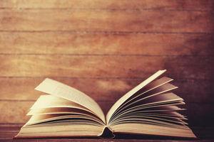 پیشنهادهای ۱۲ استاد دانشگاه برای مطالعه در نوروز