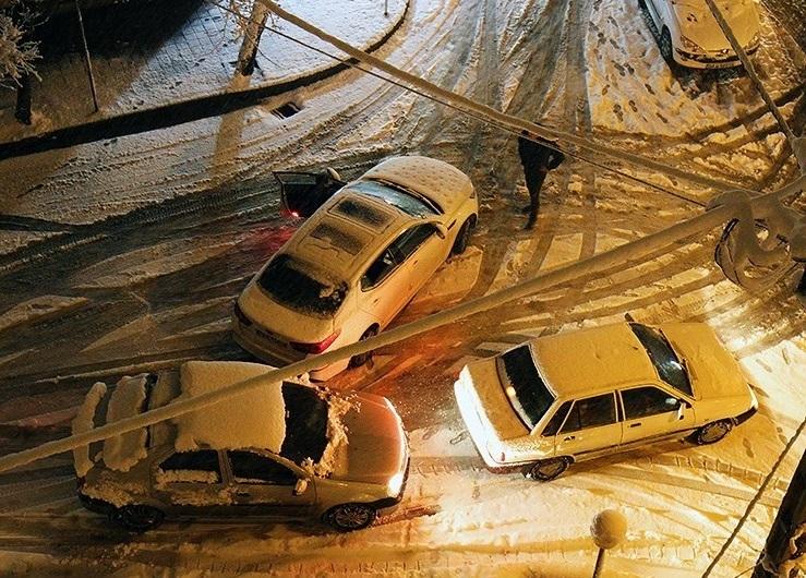 برف و باران در انتظار جادههای ۱۴ استان کشور