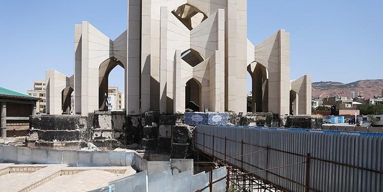 ۵ سال ساختوساز کور در سرخاب تبریز/ مقبرهالشعرا با «باید» و «متاسفانه» آباد نمیشود