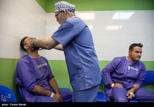 تیم خیرین ترمیم ناهنجاری های فک و صورت و متخصصین ارتوپد با مدیریت دکتر عبدالجلیل کلانتر هرمزی به مدت پنج روز اقدام به ویزیت و جراحی رایگان در کرمانشاه نمودند.