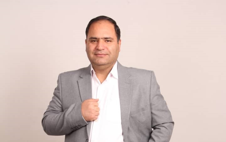 آژنگ، عضو هیئت مدیره اتحادیه صنف قنادان کلانشهر تبریز و حومه:  برای حل مشکلات این صنف، باید از مرحله شعار به سمت عمل حرکت کنیم